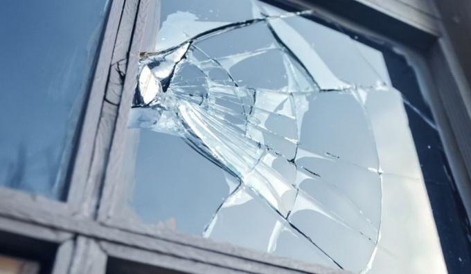 Причинение материального ущерба по неосторожности