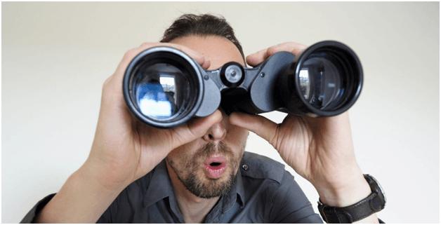 Нарушение права на неприкосновенность частной жизни