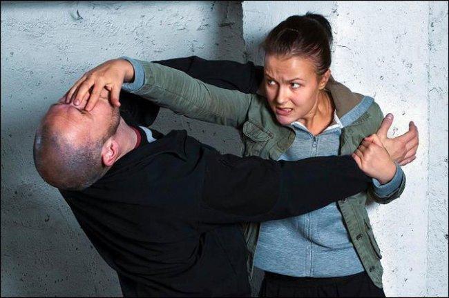 Превысил рамки самообороны считается ли умышленным причинением вреда
